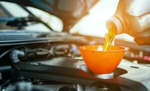 Foto troca do óleo do motor
